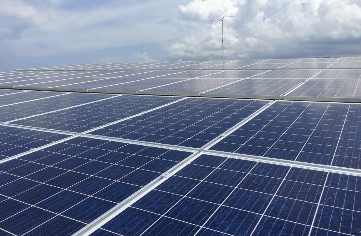 Is it possible to Run Solely on Solar Power? - Buskowitz Energy